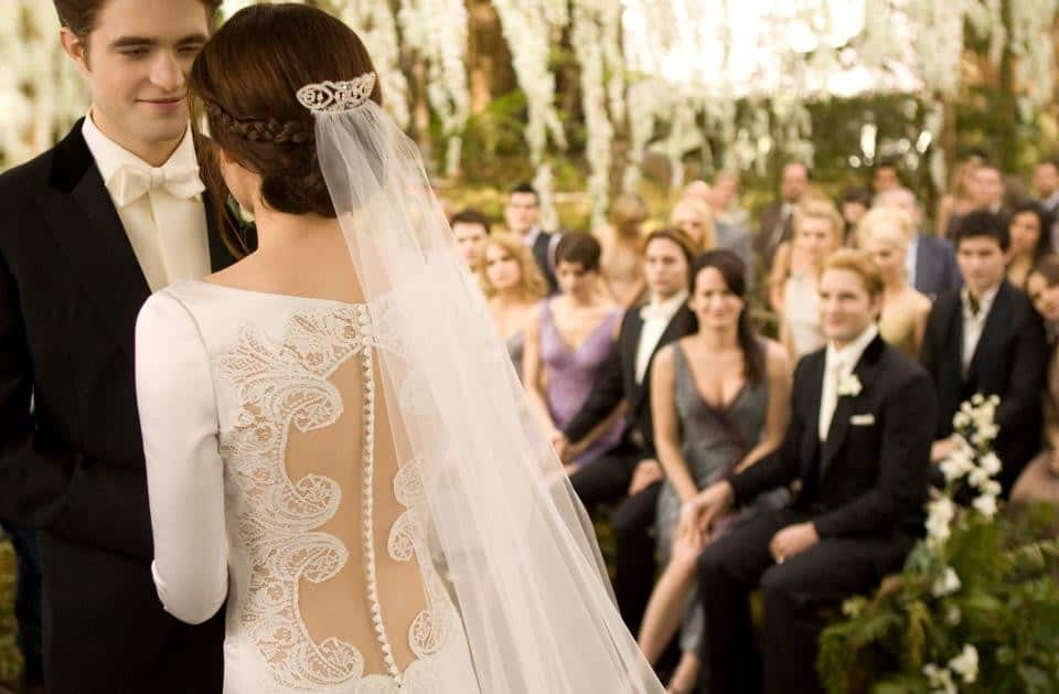 How It Is Possible To Be Married On Shoestring Budget