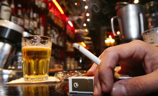 Study: Smoking And Drinking Speeds Up Decline Of Brain By 36