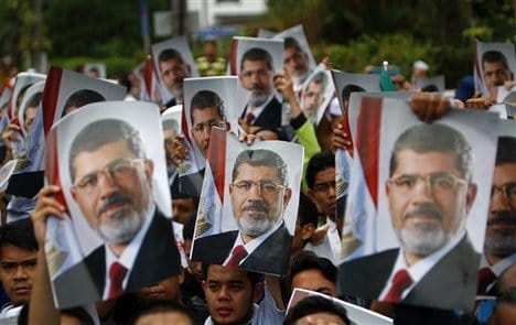 The Egypt Crisis: Big Rival Rallies While Morsi Accused