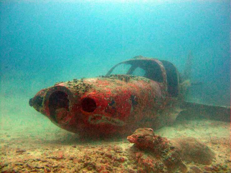 10 Mysterious and Shocking Underwater Treasures