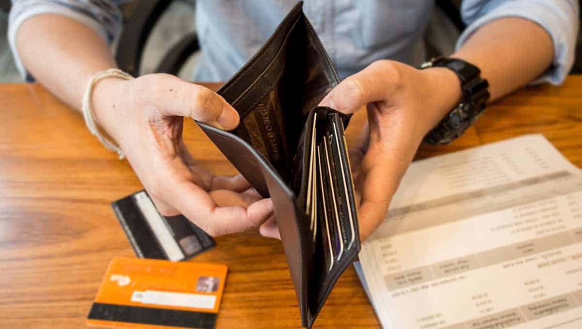 In a Financial Pinch - No Problem - Here's How to Get a Loan with Bad Credit