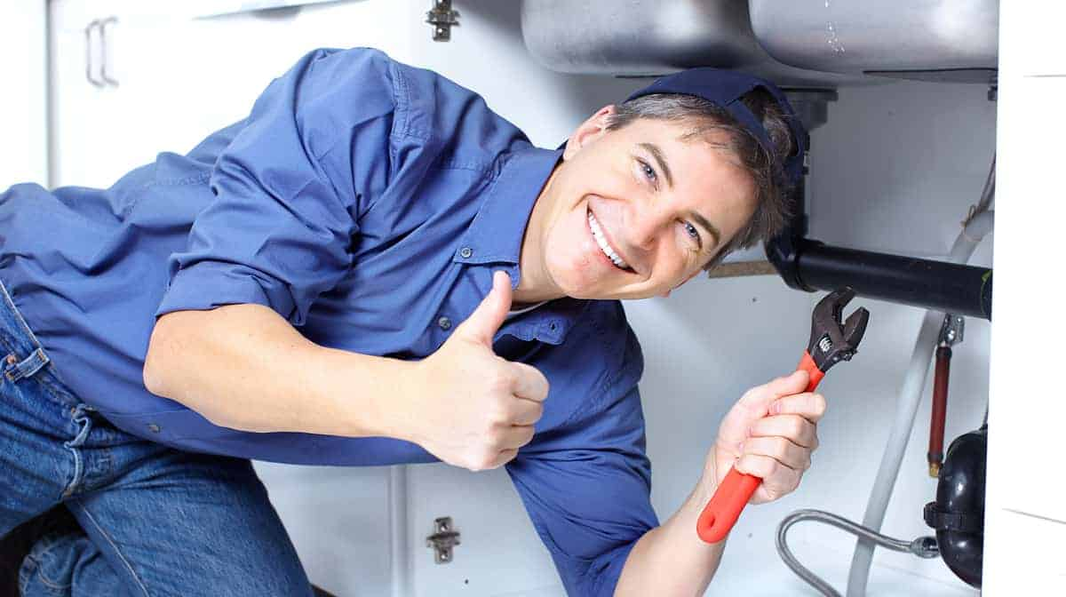 What to look for in a plumbing service before you hire them