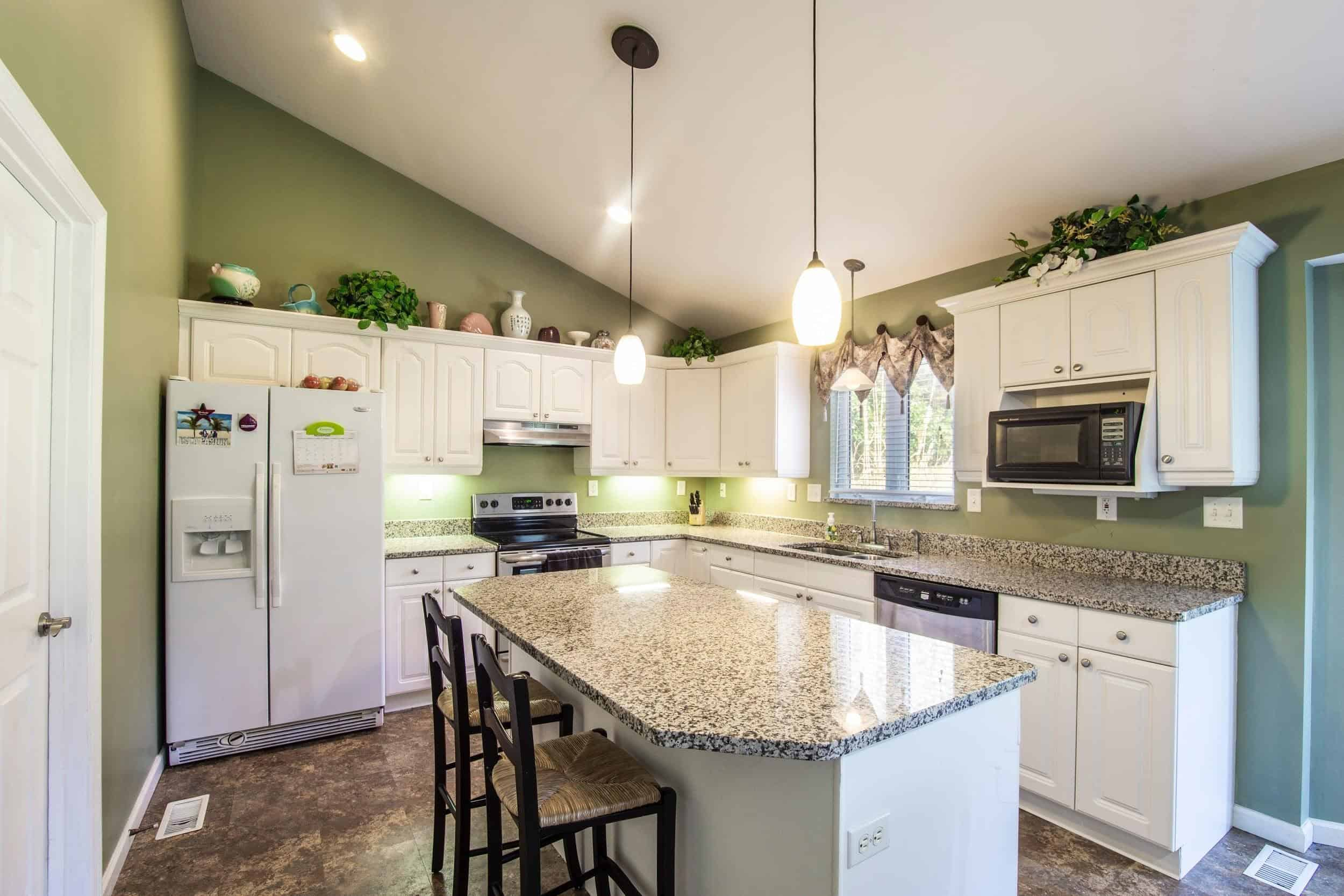 What Kinds of Blinds Are Best for Kitchens - Spice Up Your Kitchen
