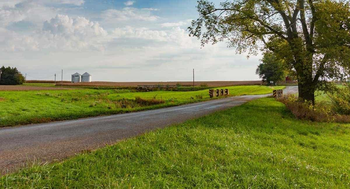 Reaching an Agreement: 3 Farmland Negotiation Rules to Keep in Mind