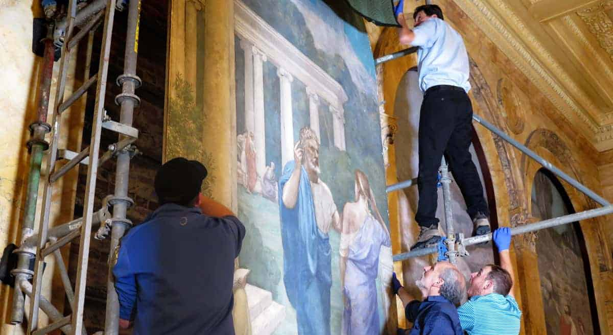Installing and Reinstalling Your Mural