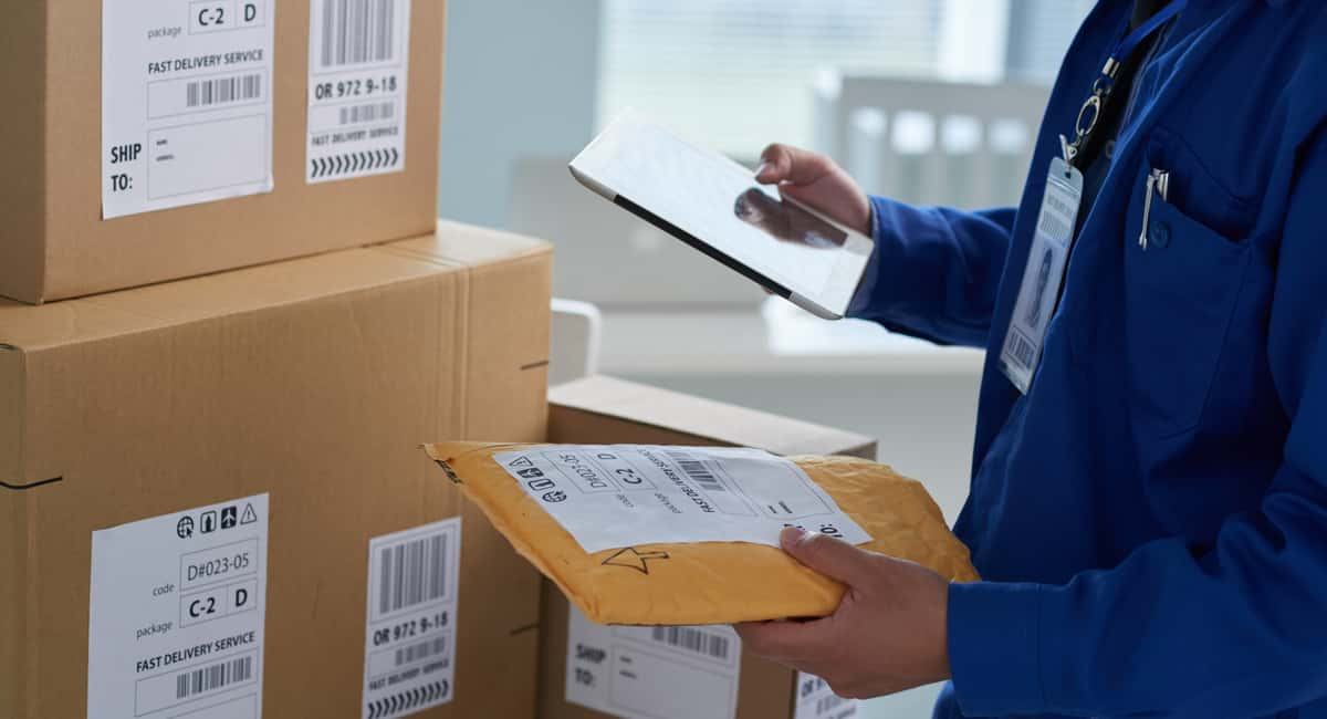 9 Ingenious Ways to Cut the Cost of Shipping for Business