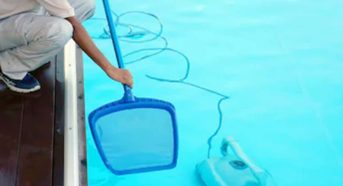 5 Automatic Pool Cleaner Myths That Impact Your Buying Decision