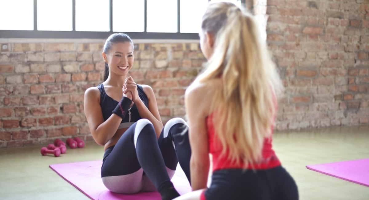 7 Questions to Ask a Personal Trainer Before Signing Any Contracts