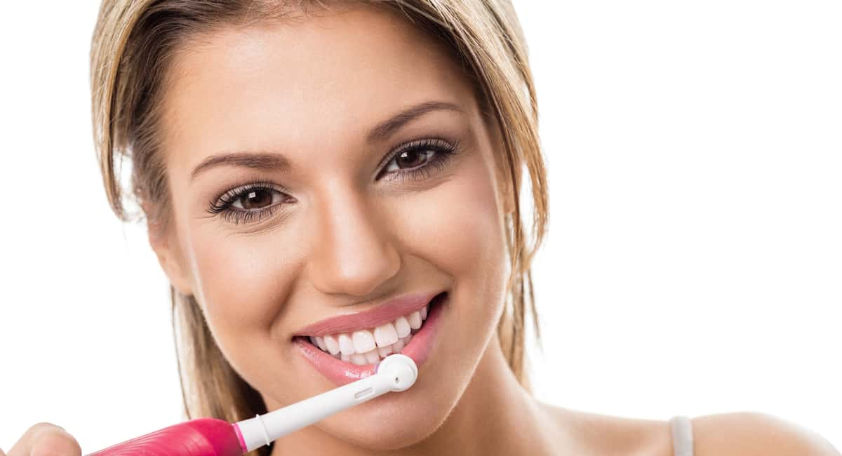 Look for These Features in the Best Electric Toothbrush for Your Smile