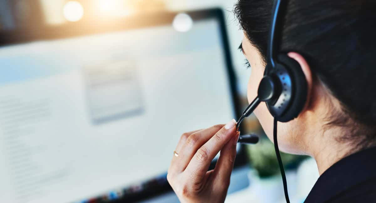 3 Ways a Call Center Can Help Your Business Increase Sales