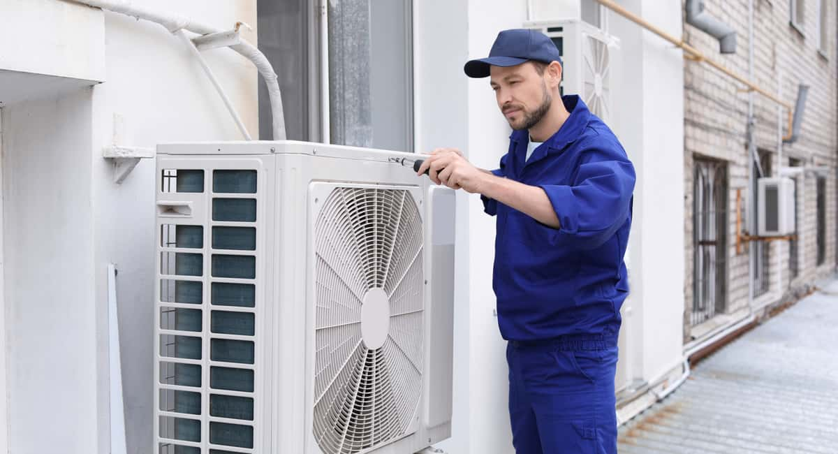 AC Replacement or Repair Simple Tips to Make the Right Choice