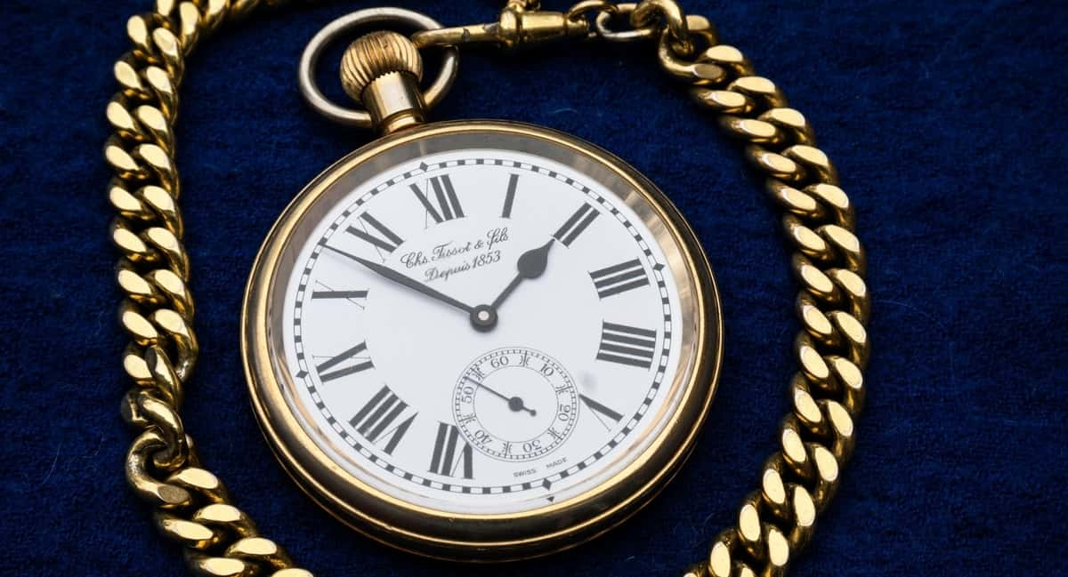 6 Brilliant Tips on How to Find and Identify Valuable Antiques