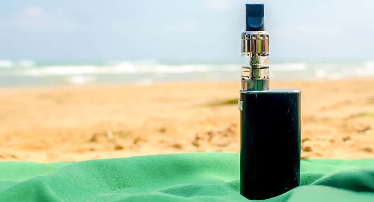 Vaping Around the World: Top Tips for Traveling With Vaping Products