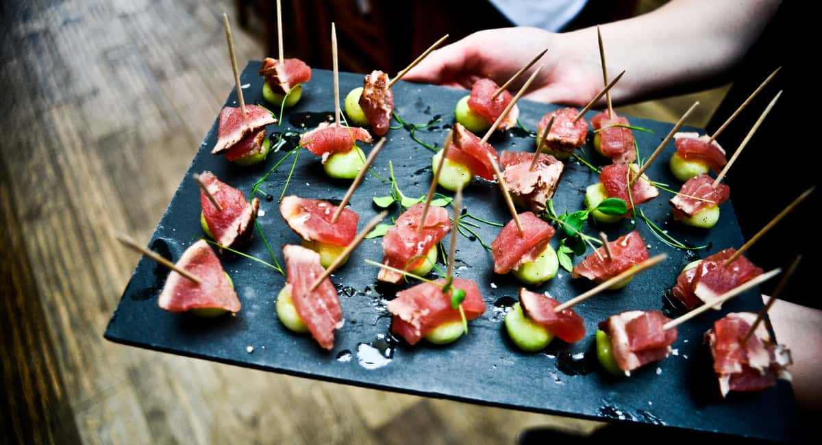 5 Key Questions to Ask Before Hiring a Catering Company