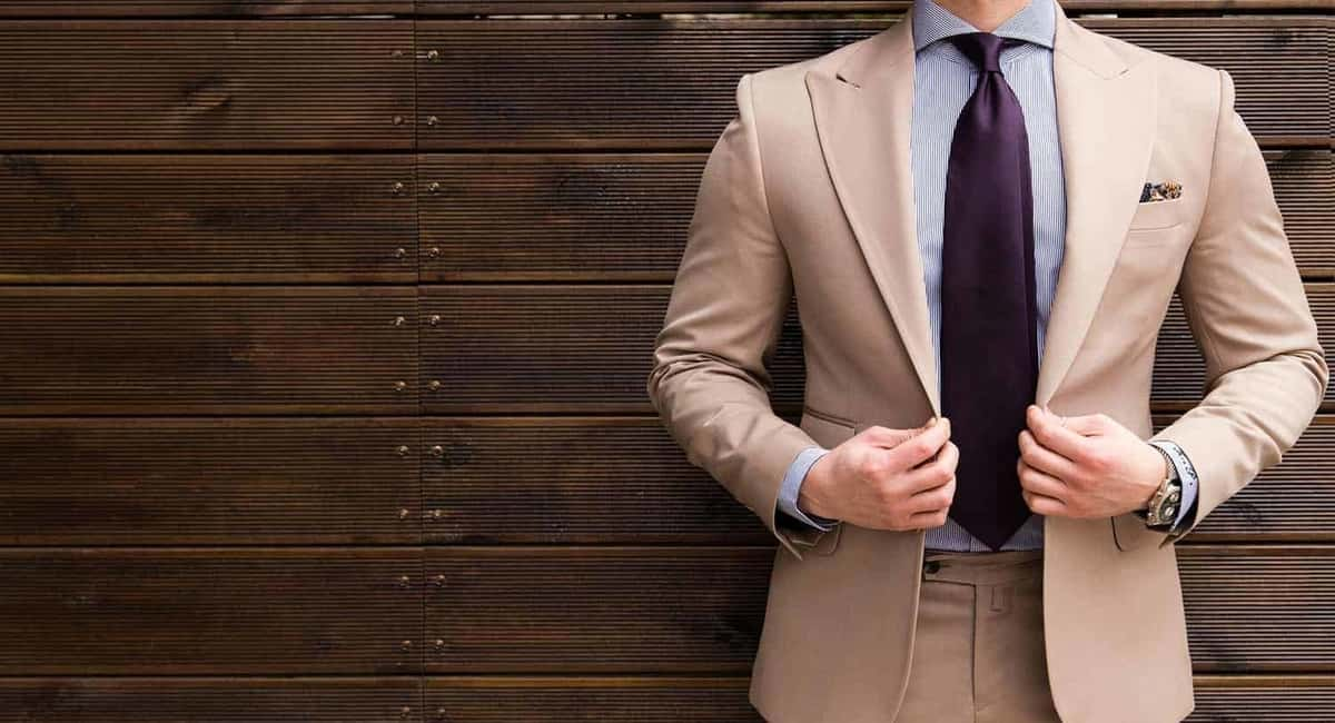 Bespoke Suits vs. Off the Rack Suits- Difference between the Two