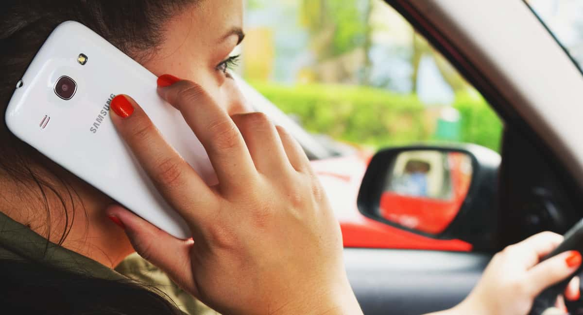Can You Use Your Cell Phone While Driving in California