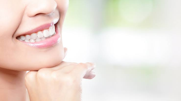 Causes Stained Teeth