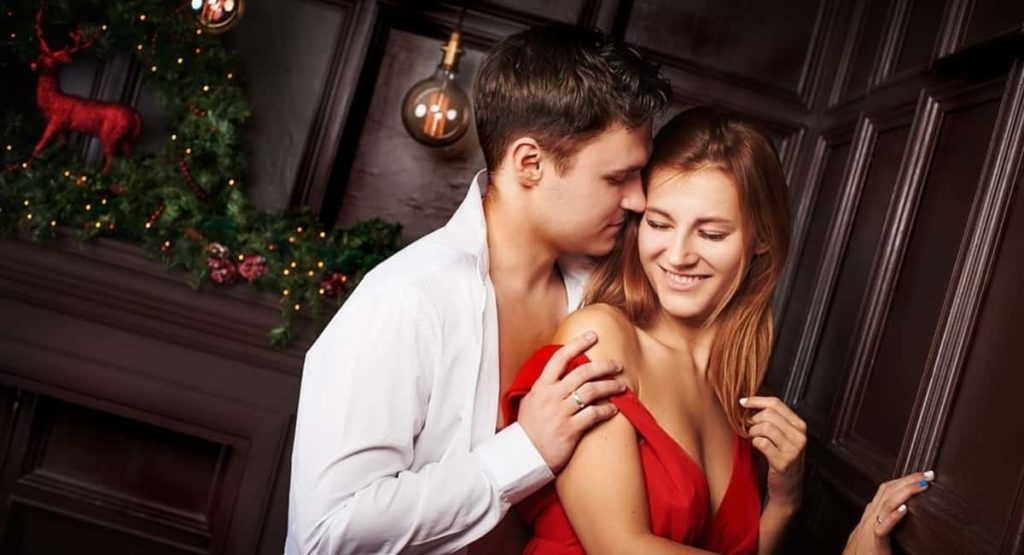 4 Signs She's About to Cheat and How You Can Stop It