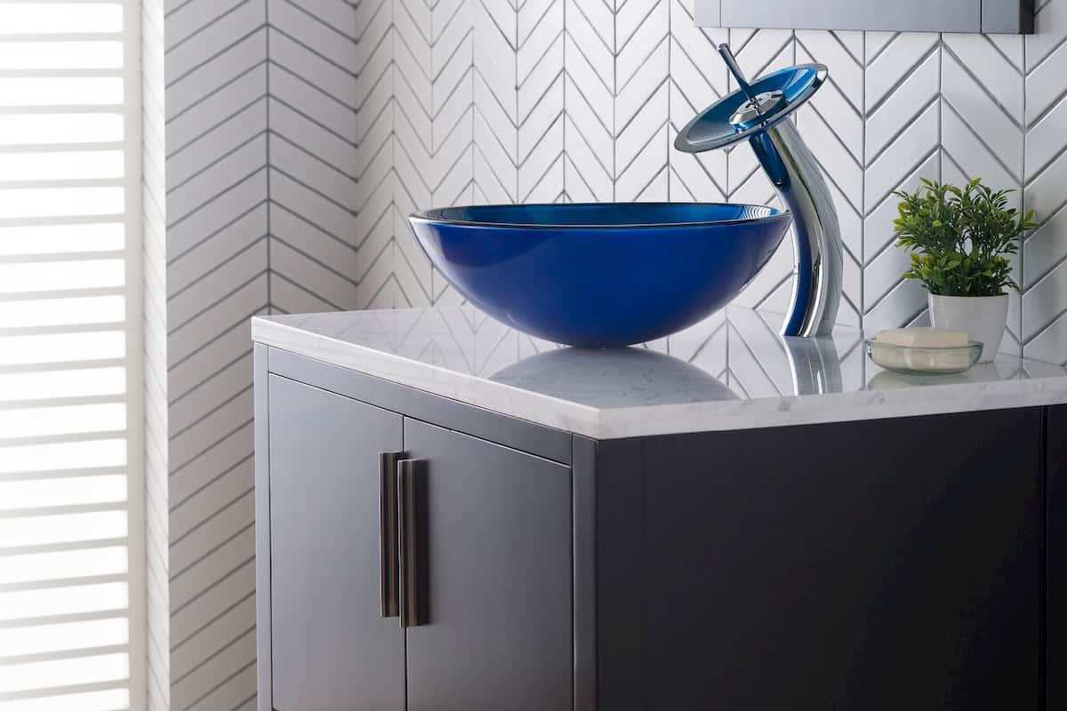 glass vessel sink
