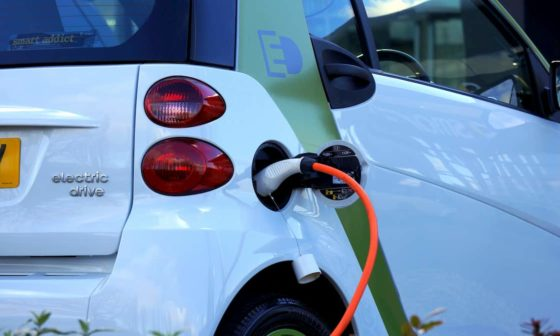 advantages of electric cars