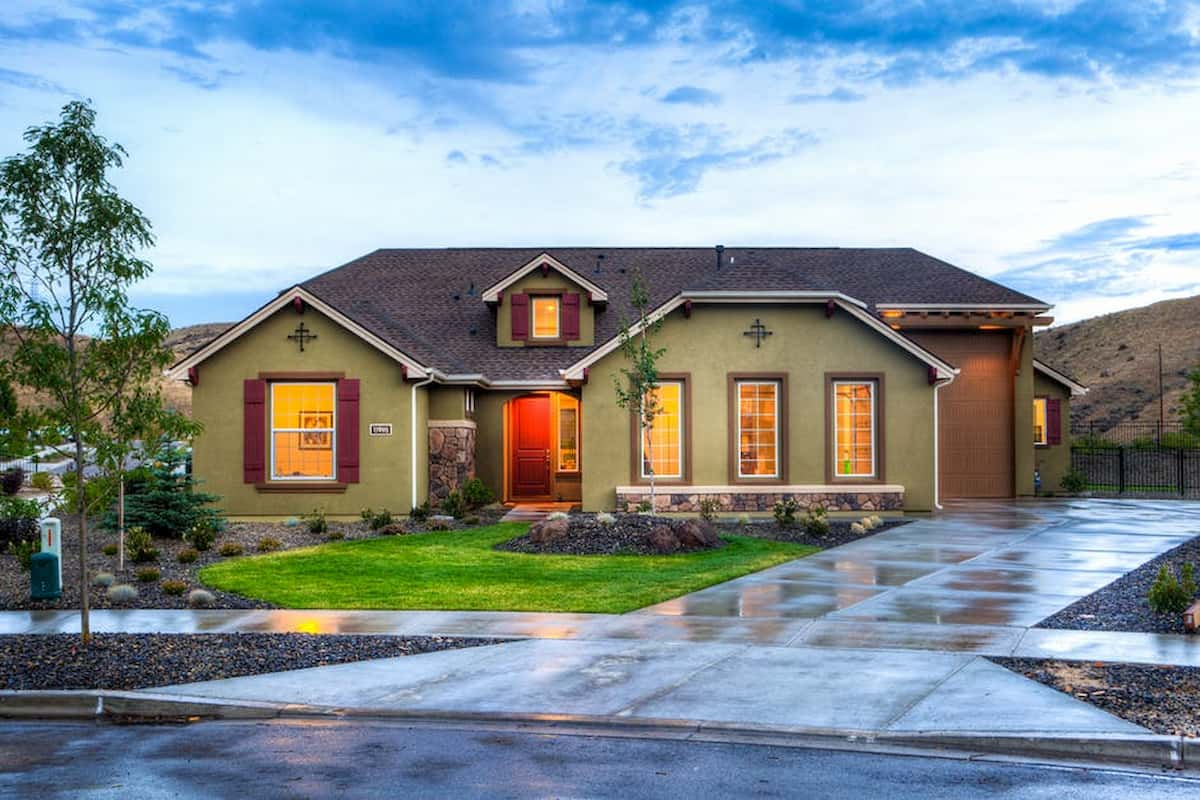 how to add curb appeal to a ranch style house