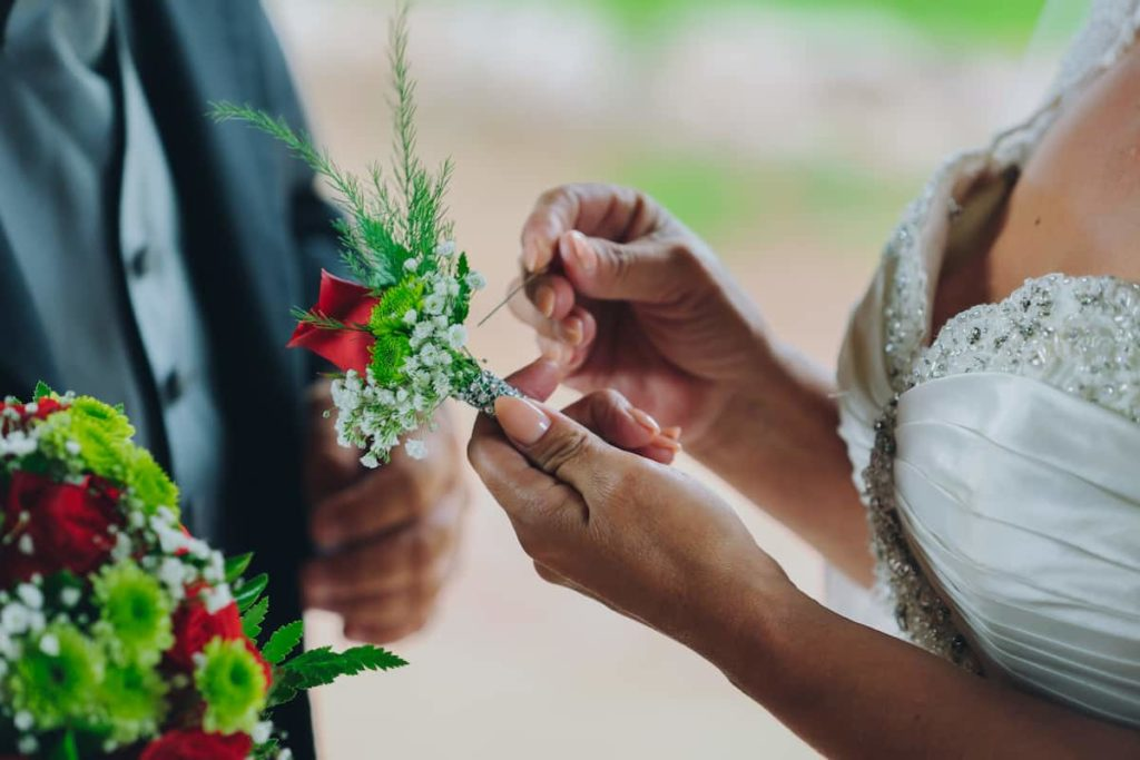 Find Ways to Cut Down On Wedding Costs