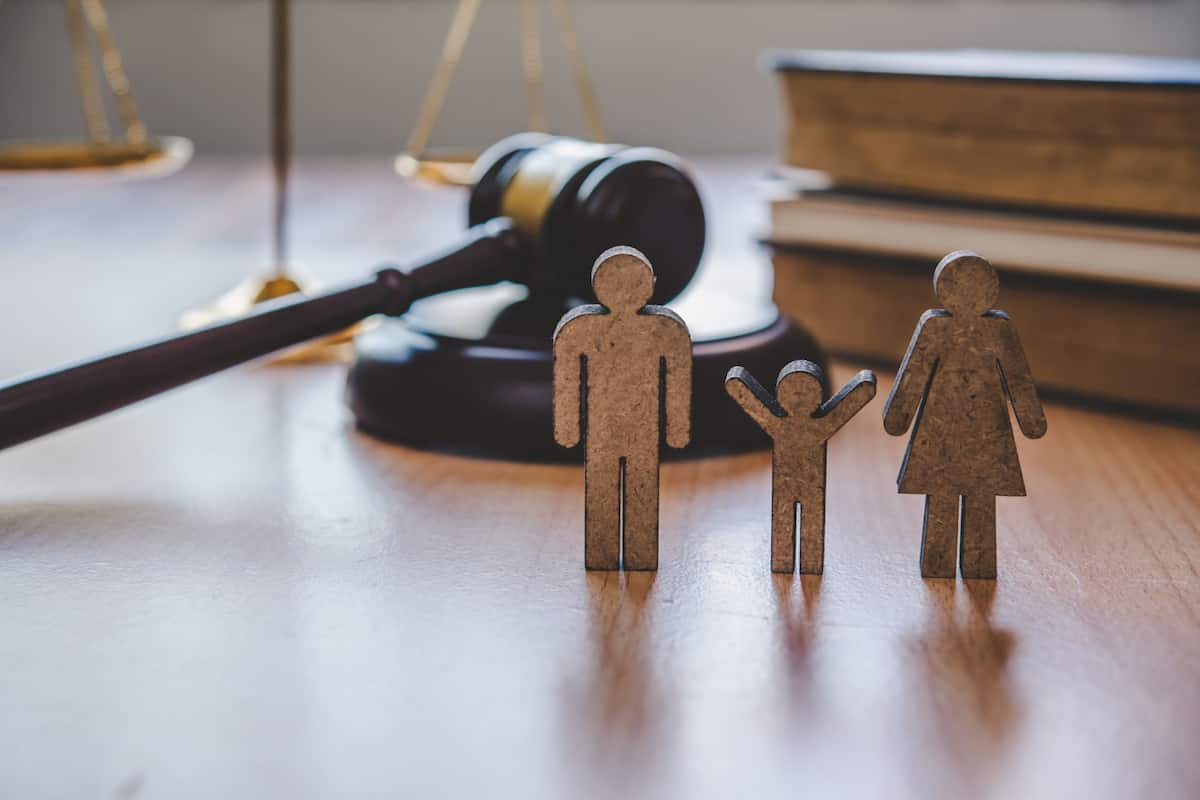 hiring family lawyers