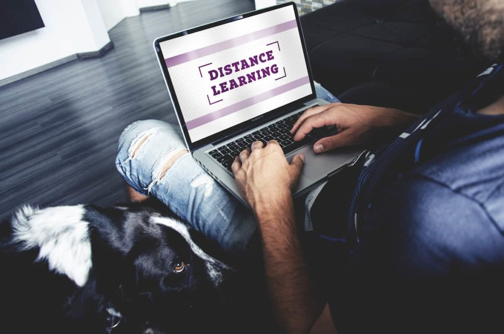 Why do Colleges Allow Distance Learning