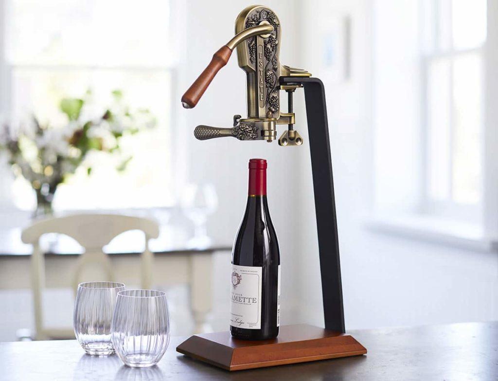 Parts of a standard wine corkscrew