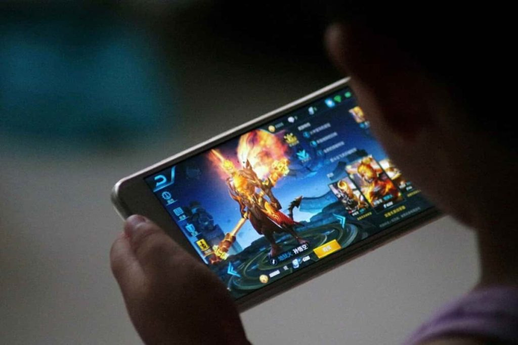 Play Online Games together