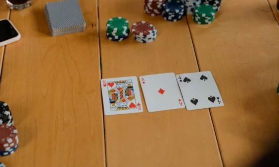 Folding in Poker
