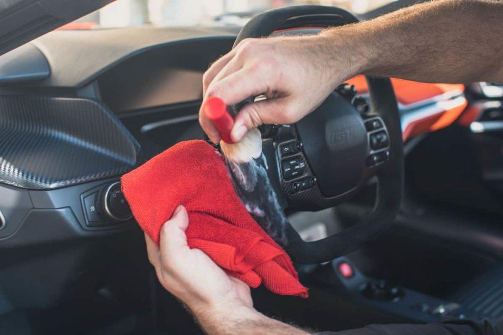 Importance Of Keeping Steering Wheel Clean