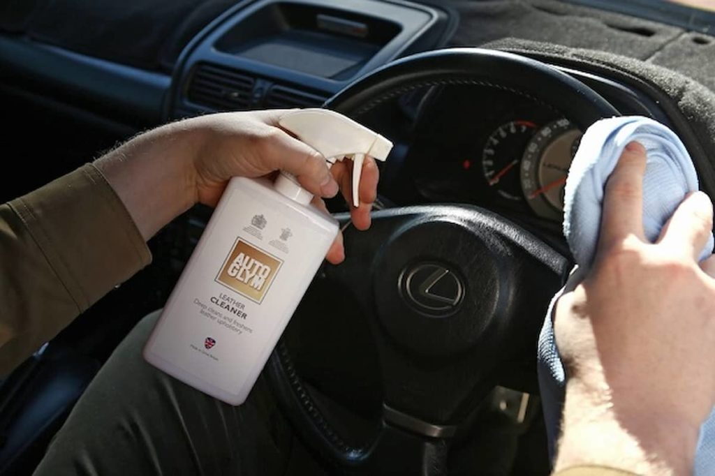 The Right Steering Wheel Cleaner For The Appropriate Material